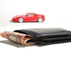 Vanzare autoturism de un PFA si transfer contract de leasing. Cum procedati?