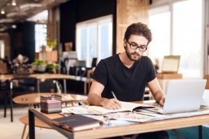 Ce trebuie sa stii daca esti freelancer