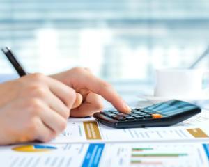 ANAF raspunde: impozitul pe veniturile realizate din transferul proprietatilor imobiliare din patrimoniul personal