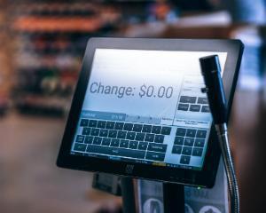 MFP: Casele electronice de marcat vor fi conectate incepand cu data de 1 iulie
