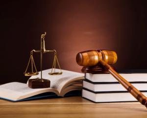 Legea 187/2015 reglementeaza activitatea independenta in raport cu cea dependenta